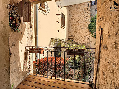 APPARTEMENT TERRASSE A VENDRE FAYENCE